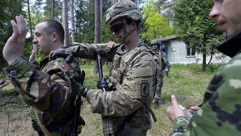 Пентагон пообещал Украине помощь в борьбе с «российской агрессией»