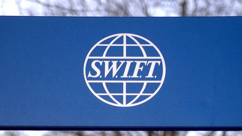 Кремль не исключил отключения России от SWIFT0