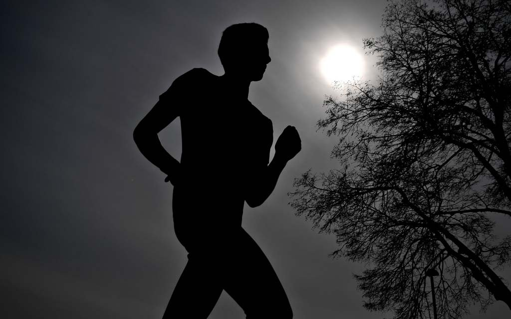 Дмитриева и Киселев стали победителями Казанского марафона