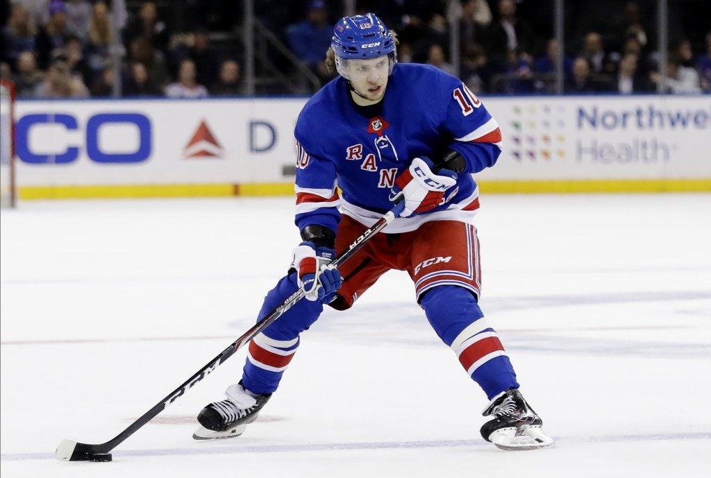 Панарин вышел на второе место в НХЛ по набранным в среднем за матч очкам