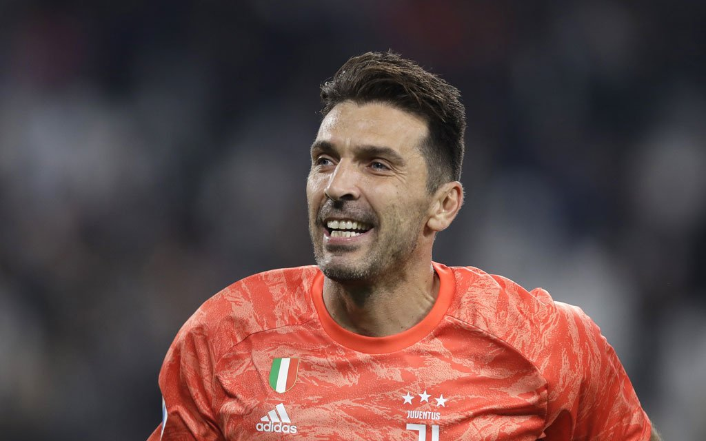 Джанлуиджи Буффон отказался стать игроком «Барселоны»