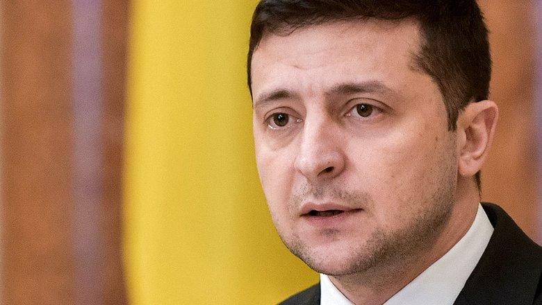 Зеленский продлил на три года санкции против двух российских банков0