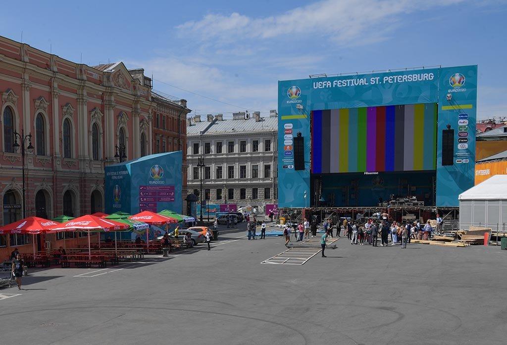 В Петербурге ожидают до 10 тысяч иностранных болельщиков на ЕВРО