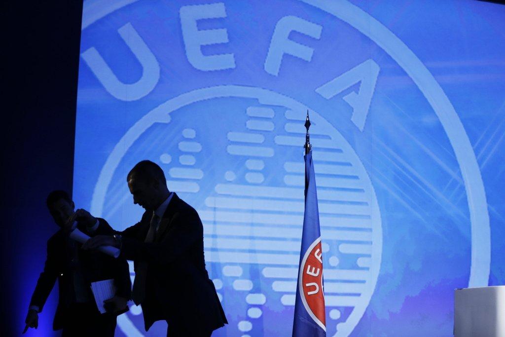 УЕФА опубликовал решение об отстранении судьи Лапочкина на 10 лет