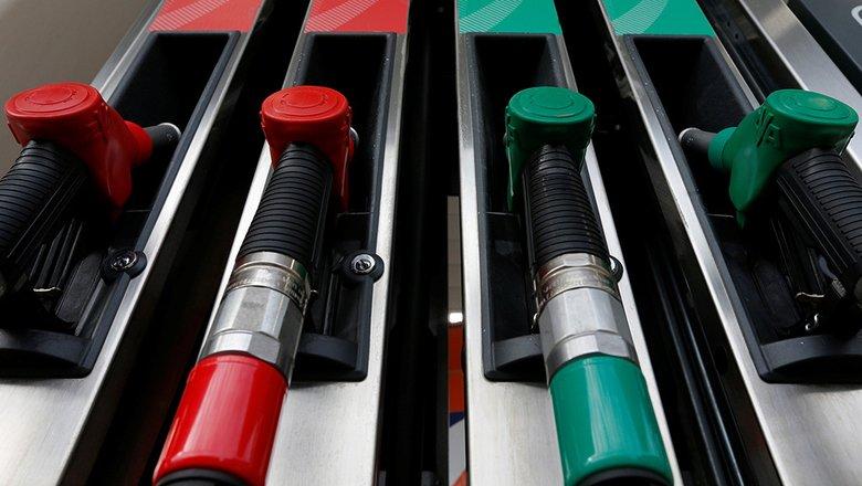 Мишустин обязал нефтяников продавать бензин независимым АЗС по рыночным ценам