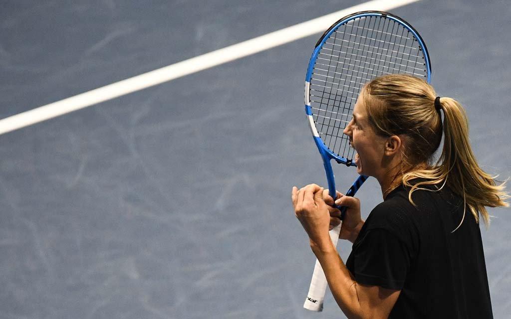 Юлия Путинцева после 0:6 в первом сете вышла в четвертьфинал турнира WTA в Чарльстоне