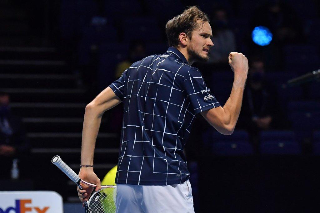 Даниил Медведев сохранил третье место в рейтинге Ассоциации теннисистов-профессионалов