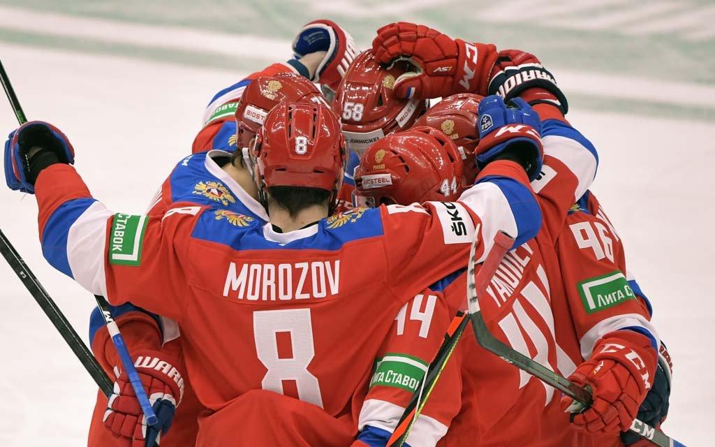 Хоккеист «Авангарда» Зернов вызван в сборную России
