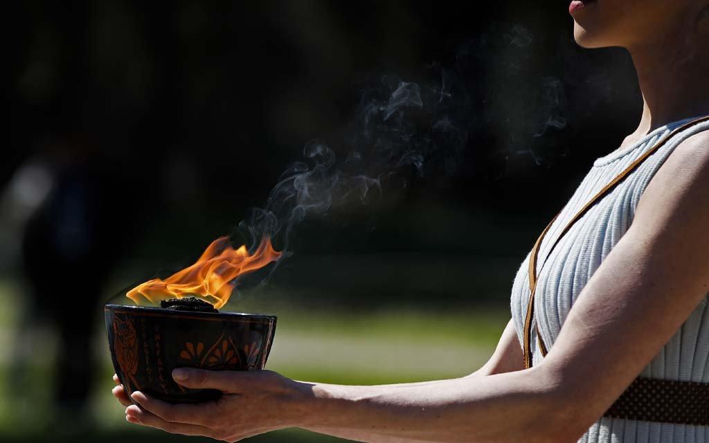 Эстафета олимпийского огня пройдет в Осаке в одном из парков без зрителей