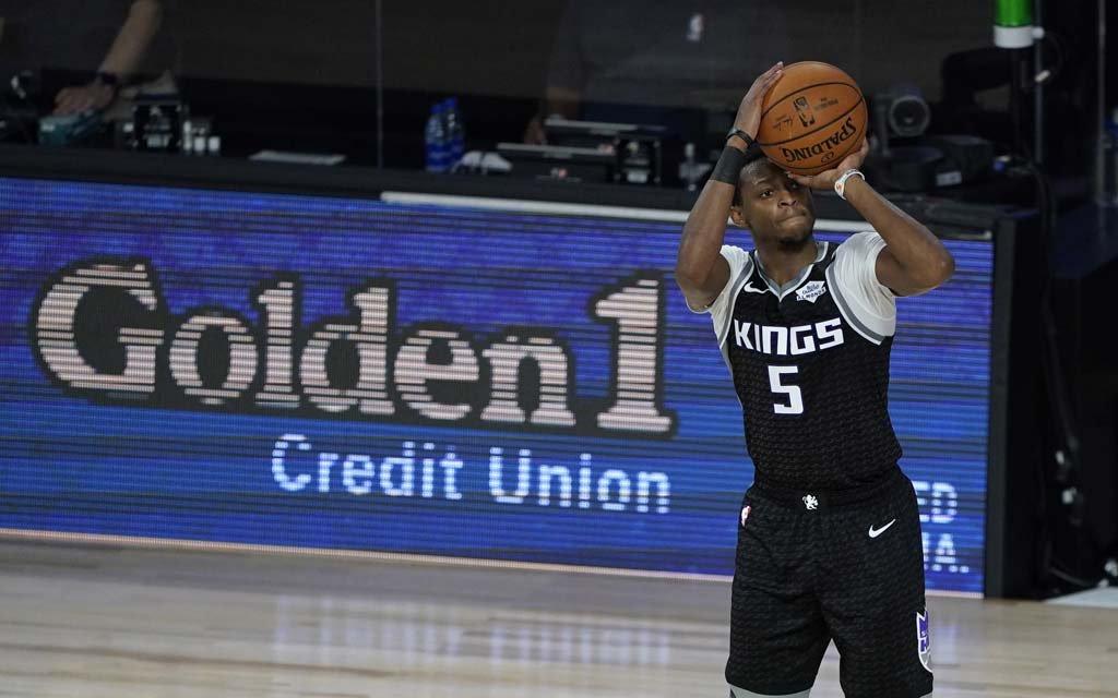 Клуб НБА предложил игрокам выплачивать зарплату в биткоинах