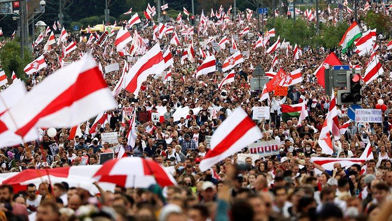 В Белоруссии заявили о планах признать бело-красно-белый флаг экстремистским