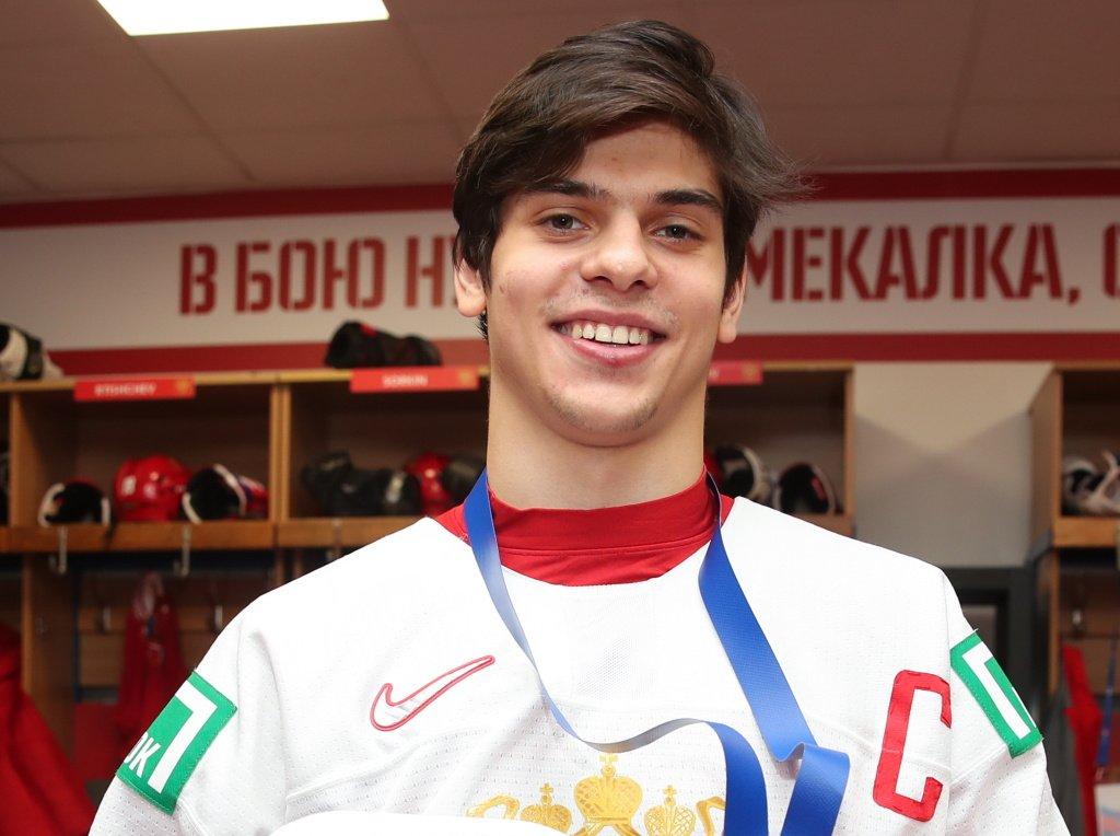 «Флорида» обыграла «Чикаго». Денисенко набрал первое очко в НХЛ