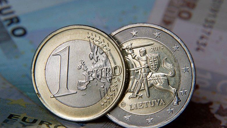 Bloomberg: ЕК хочет замораживать финансирование стран ЕС, нарушающих верховенство права0