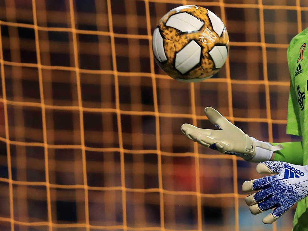 «Кайрат» сыграет с «Бенфикой» в ¼ финала футзальной Лиги чемпионов