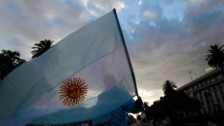 Президент Аргентины поблагодарил Путина за поставку вакцины «Спутник V»