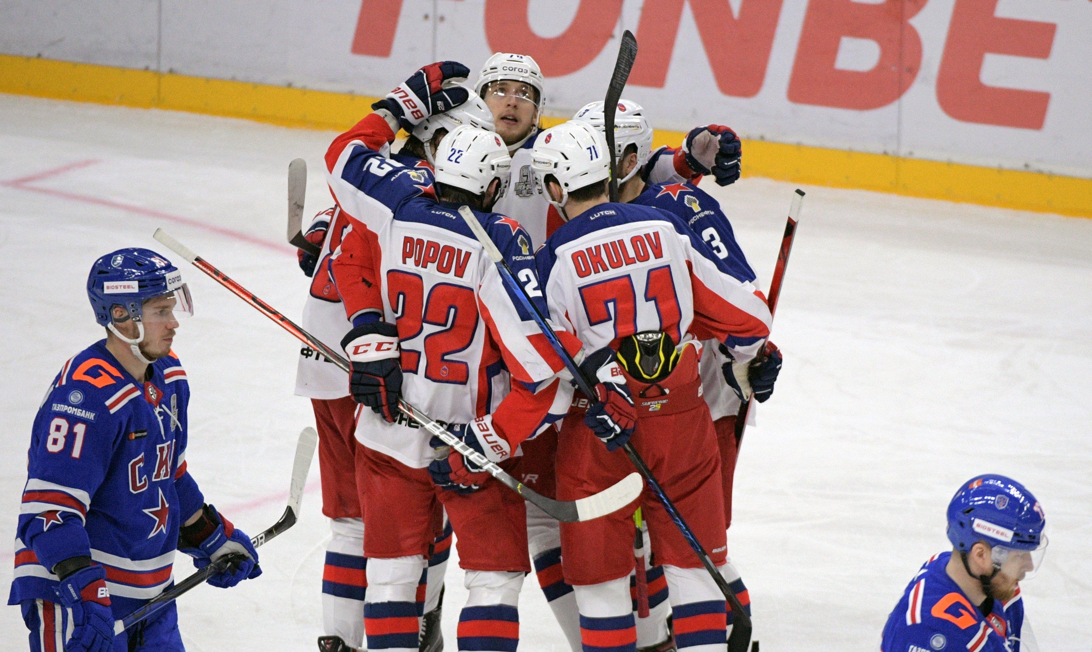ЦСКА обыграл СКА и повел 3−0 в полуфинальной серии плей-офф КХЛ